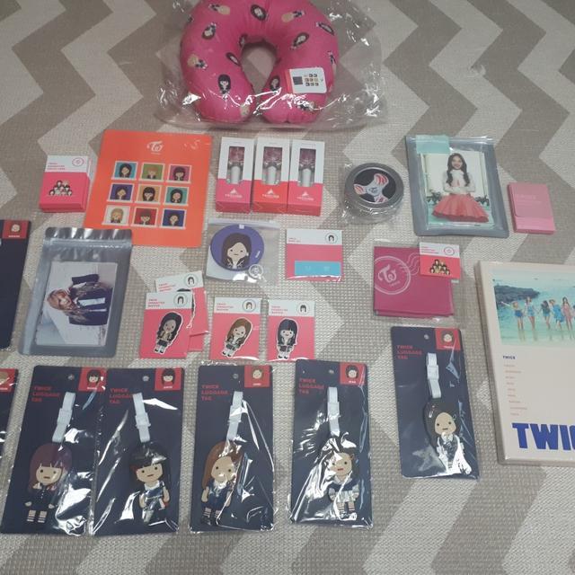 ♡정가판매♡ 트와이스 앵콜콘서트 굿즈 팝업스토어 굿즈들 정가판매합니다 - 상품이미지