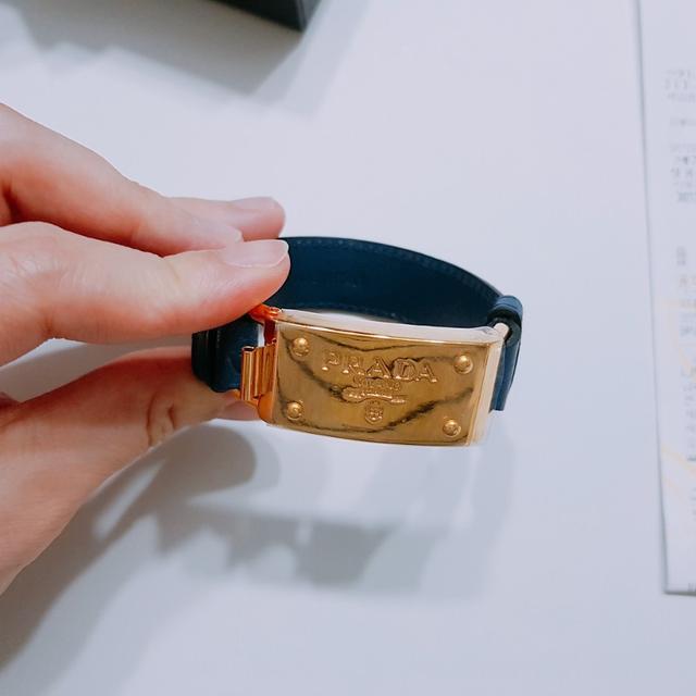 [정품] 프라다 팔찌 , 타조가죽 - 상품이미지