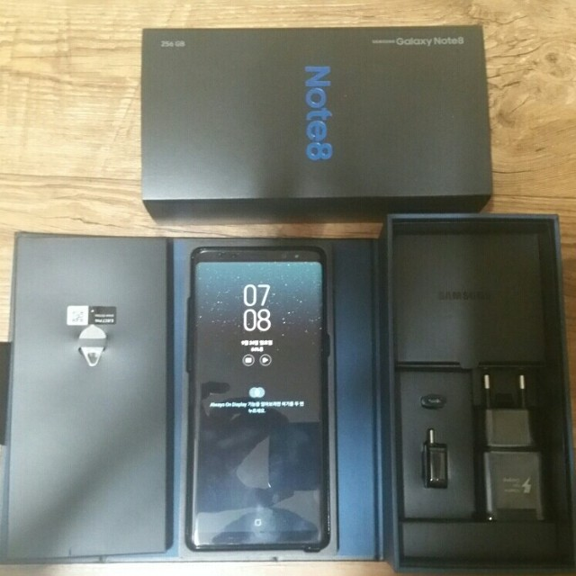 갤럭시노트8 KT 256GB 가개통 S+급 저렴히 판매합니다 - 상품이미지