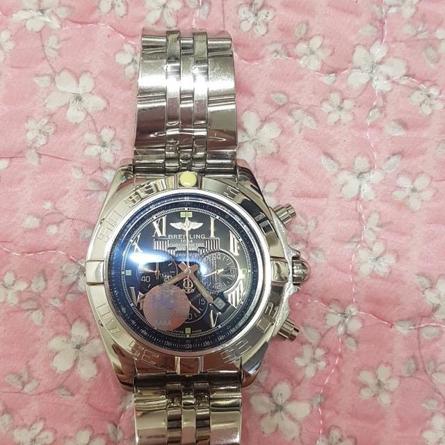 브라이틀링 크로노멧 시계 - 상품이미지