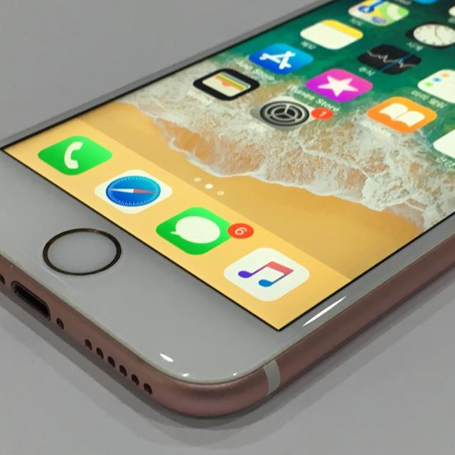 아이폰6S 64GB 핑크 S급 배터리새제품 - 상품이미지