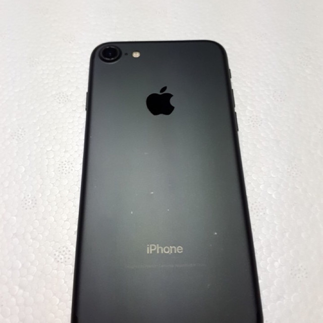 아이폰7 매트블랙 32gb - 상품이미지