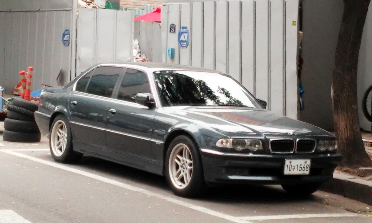 BMW  2001년식 735IL 쥐색 - 0