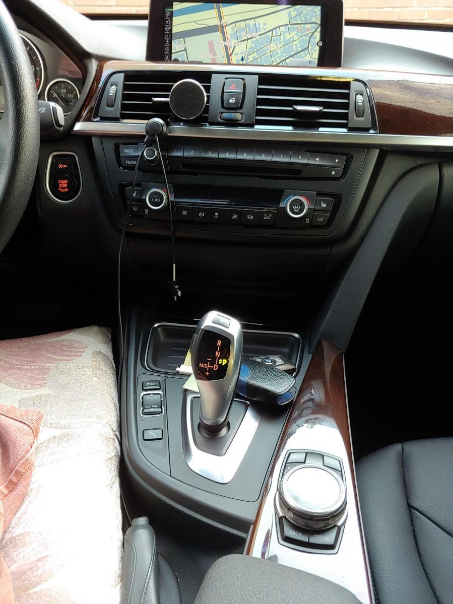 BMW 3시리즈 GT/2015.10/9.8만km - 4