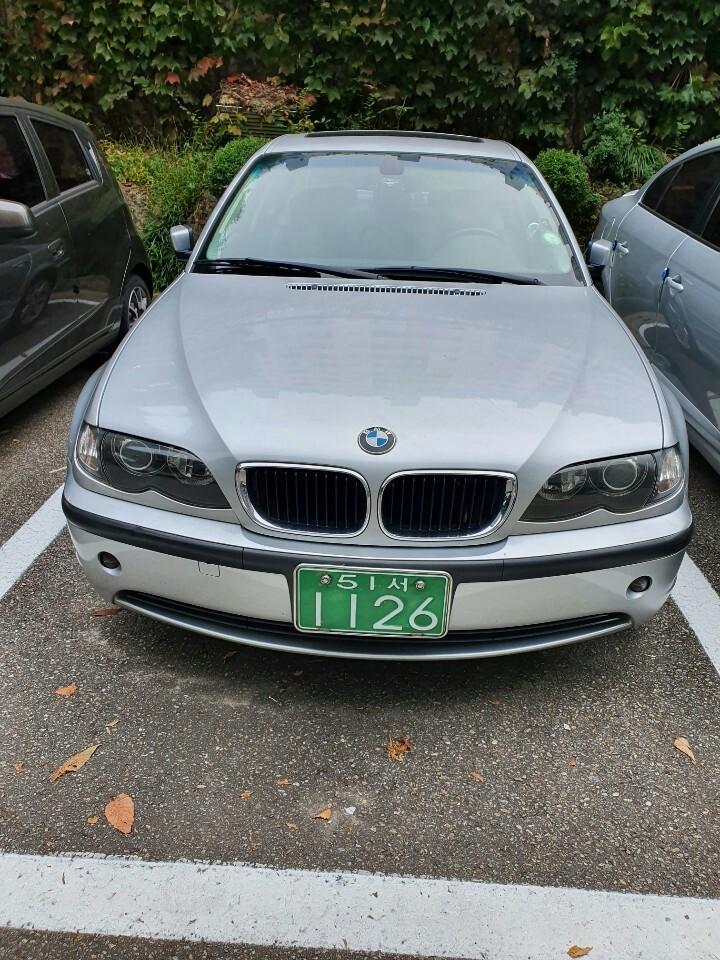 BMW 318i - 0