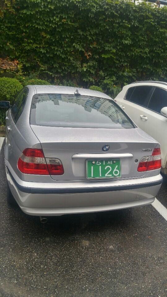 BMW 318i - 2