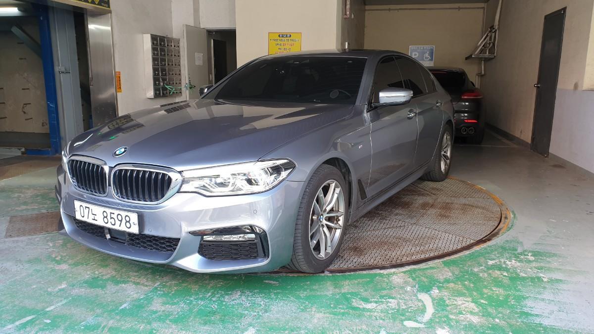 BMW520D M스포츠 - 0