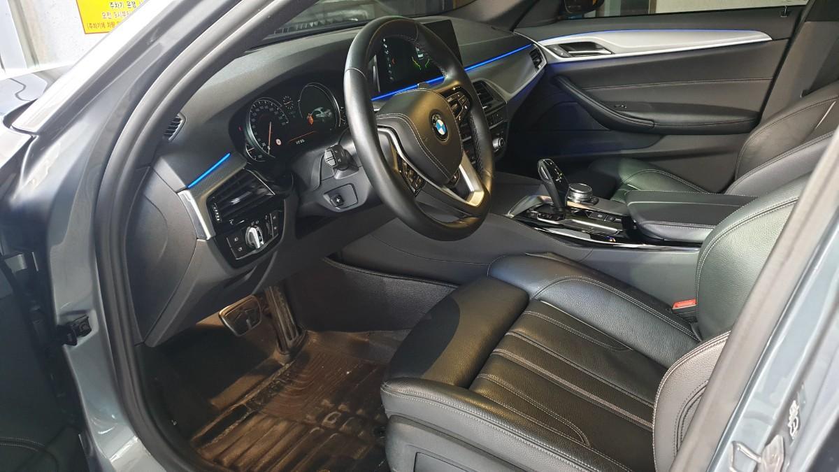 BMW520D M스포츠 - 2