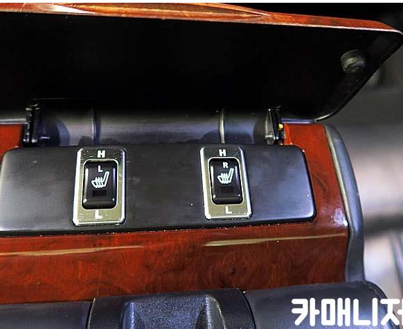 크라이슬러 300c / 휠 튜닝 / 후방카메라/선루프 / BOSE스피커 - 7