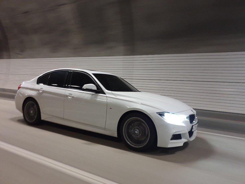 BMW 320i mspot 팝니다 - 0
