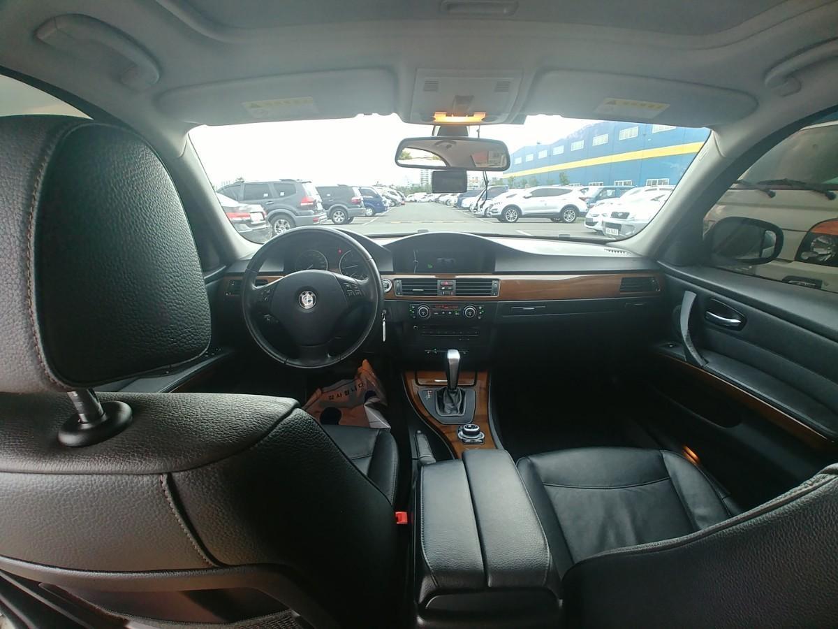 BMW  320I  CP - 6