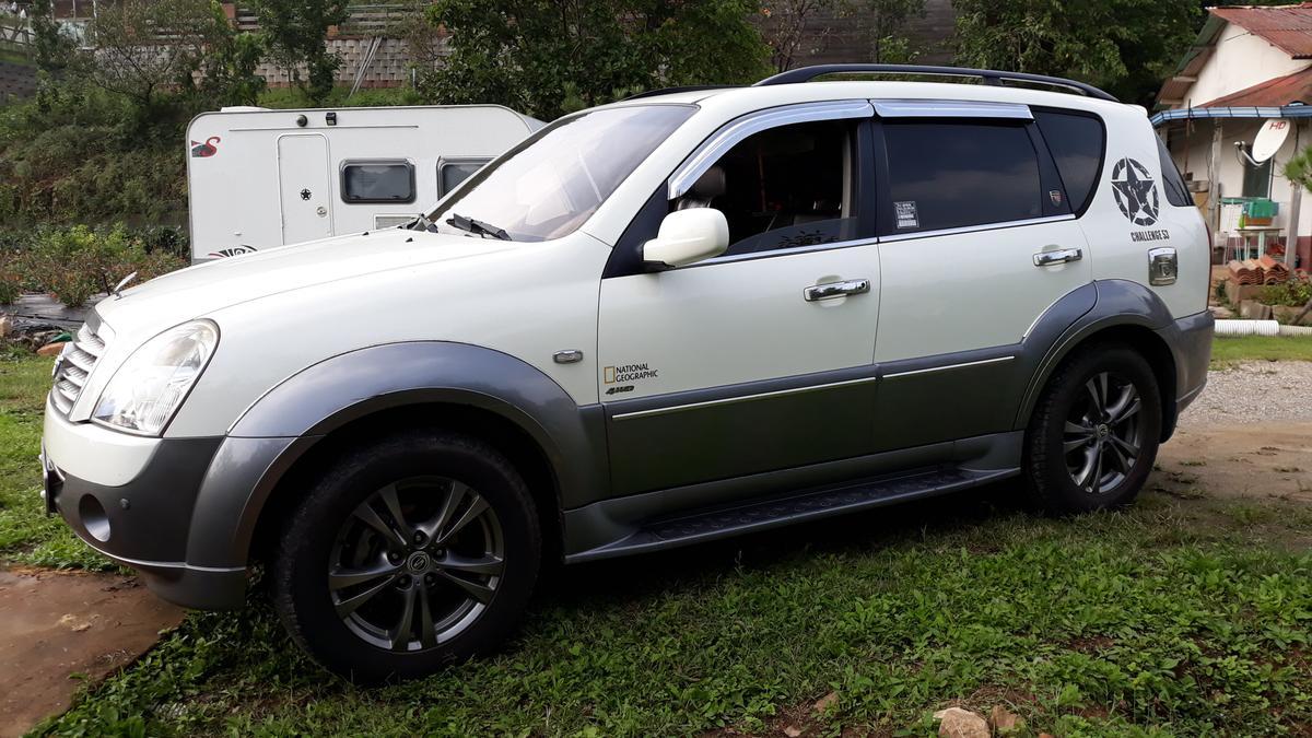 이지보드 390 (4인용 소형 카라반, 캠핑카라반)  + 슈퍼렉스턴 - 7