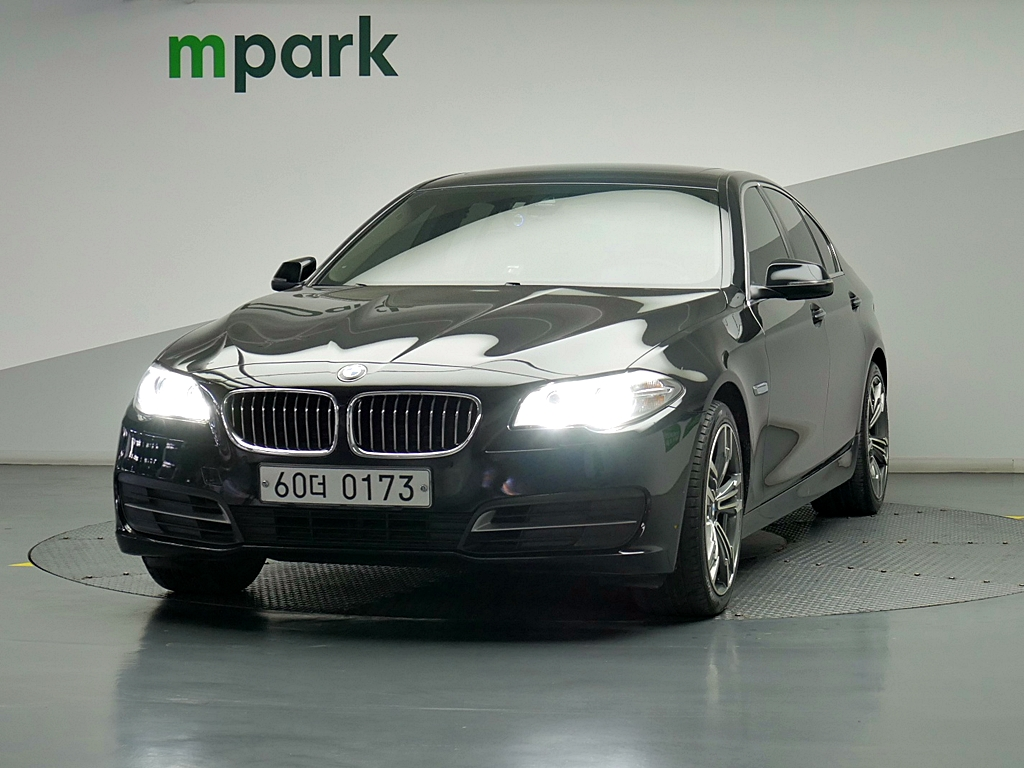 BMW 520d 세단 - 0