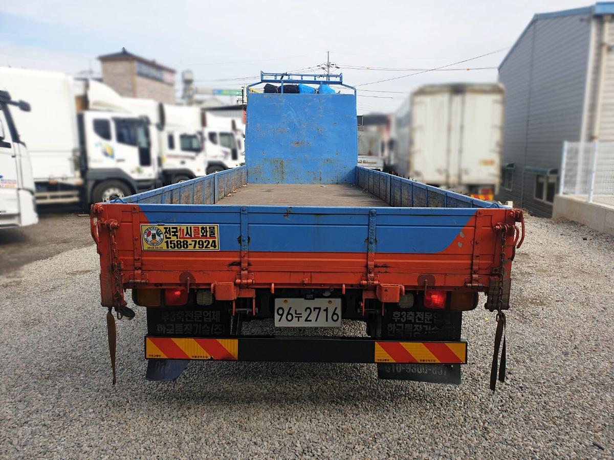 2011년05월(12년형) 프리마 4.5톤 앞축 카고/길이 7m50. - 8