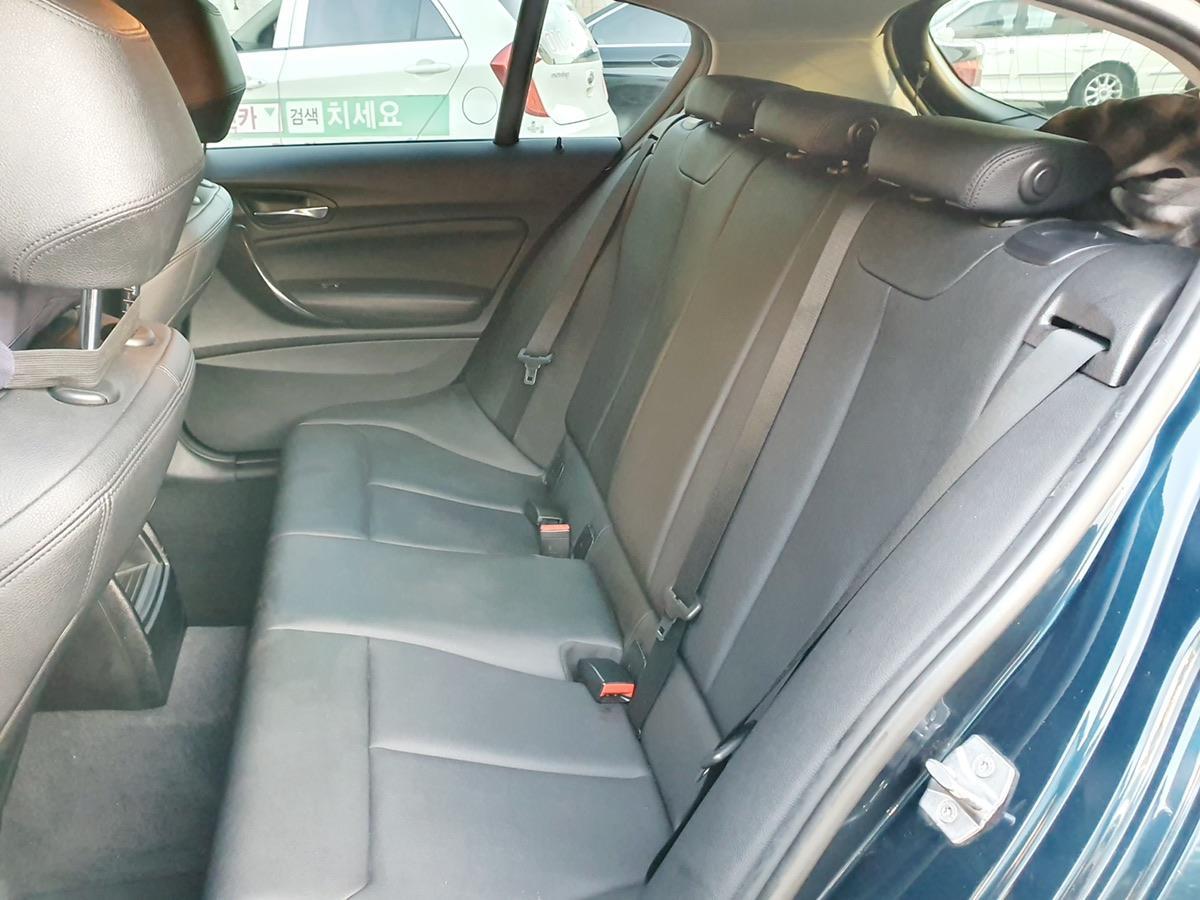 BMW 118d  스포츠 15년식 완전무사고 - 3