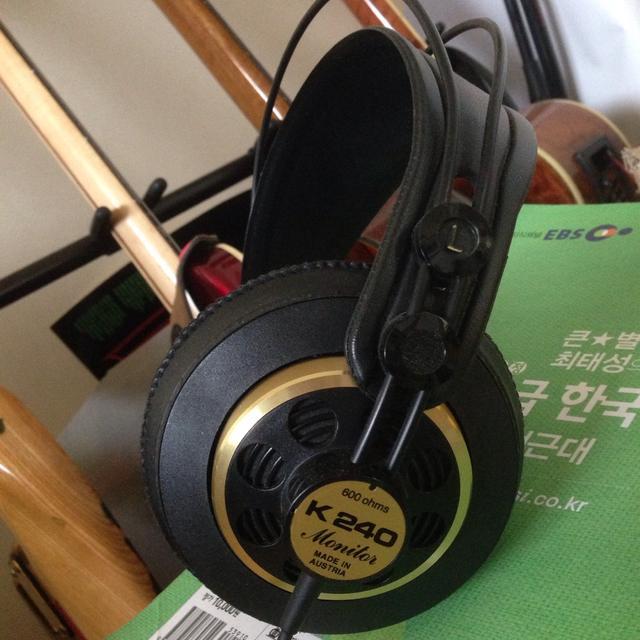 음악 작업용 헤드폰