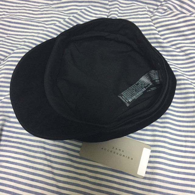 d3b2055f ZARA velvet nautical cap